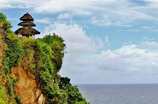 【バリ島注意!】楽しいバイク旅と危険な警察